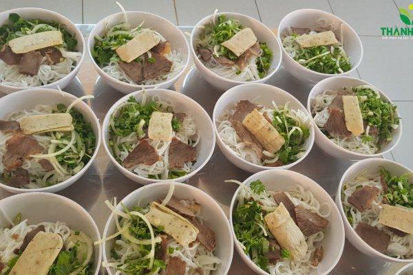 Suất ăn công nghiệp tại KCN Long Thành