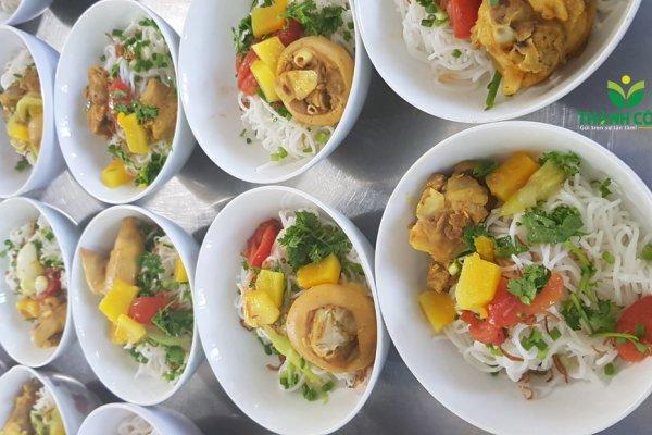 Suất ăn công nghiệp tại huyện Cẩm Mỹ Đồng Nai